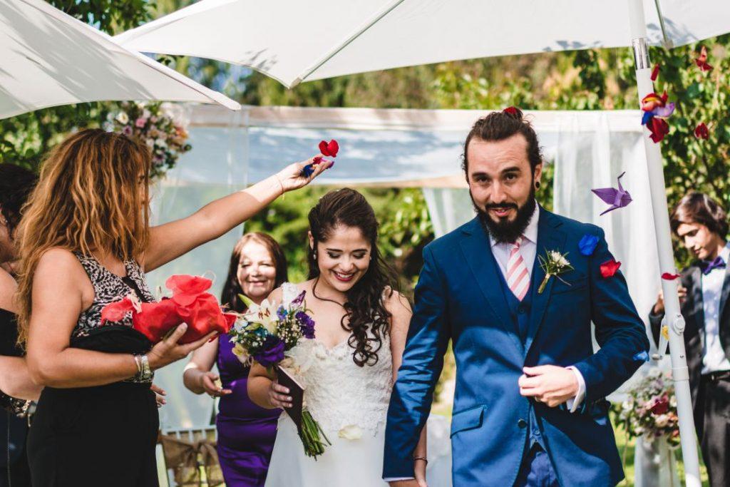 Kotty & Marce, la boda al aire libre chilena más chévere. 15