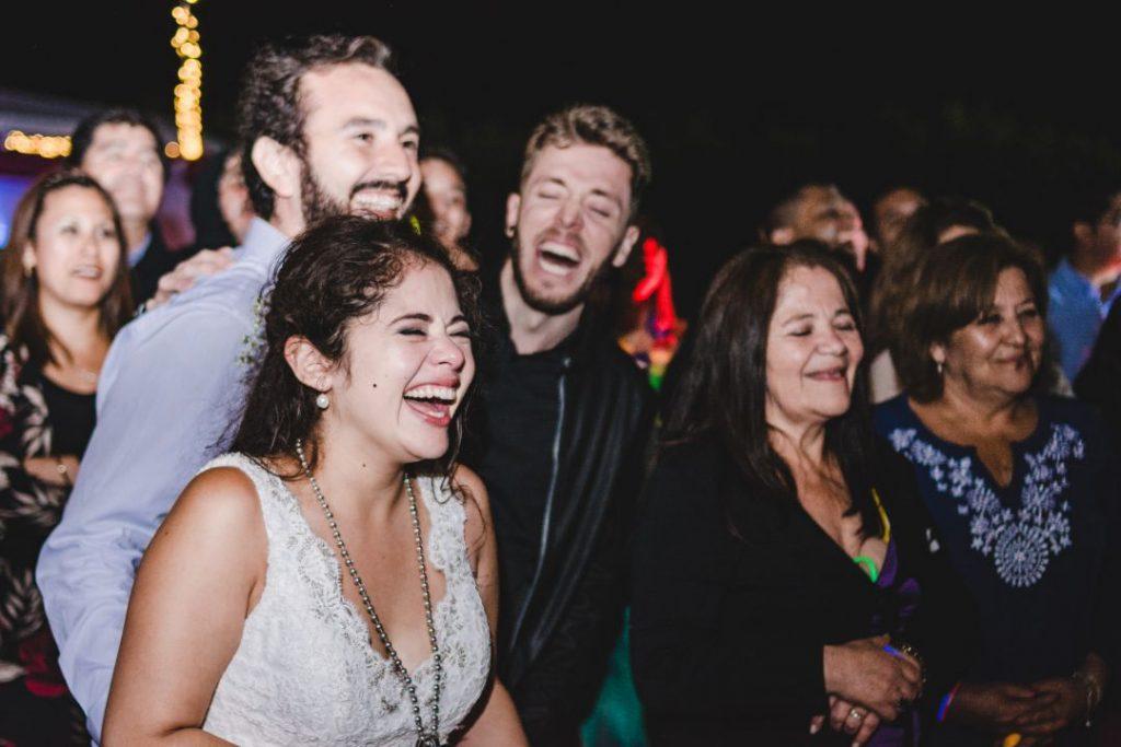 Kotty & Marce, la boda al aire libre chilena más chévere. 33