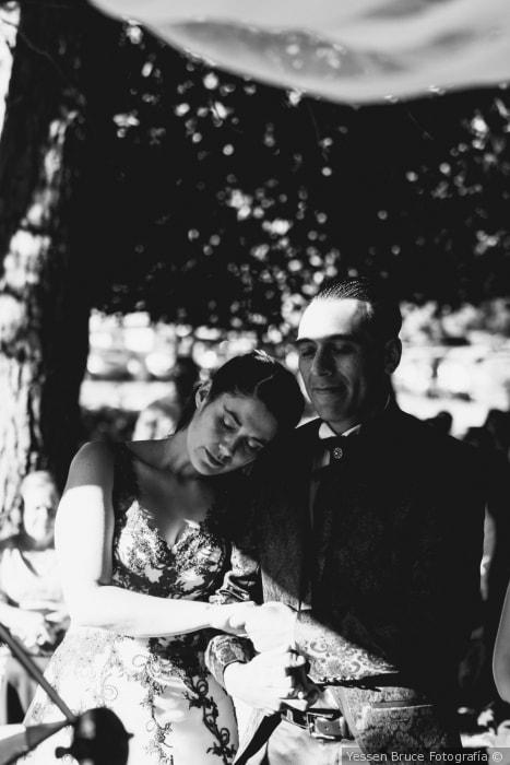 fotografia en blanco y negro ceremonia castaños del maipo